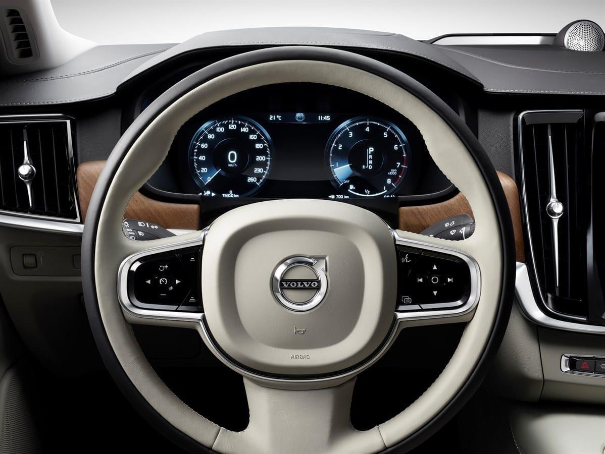 Volvo S90  фото интерьера 1