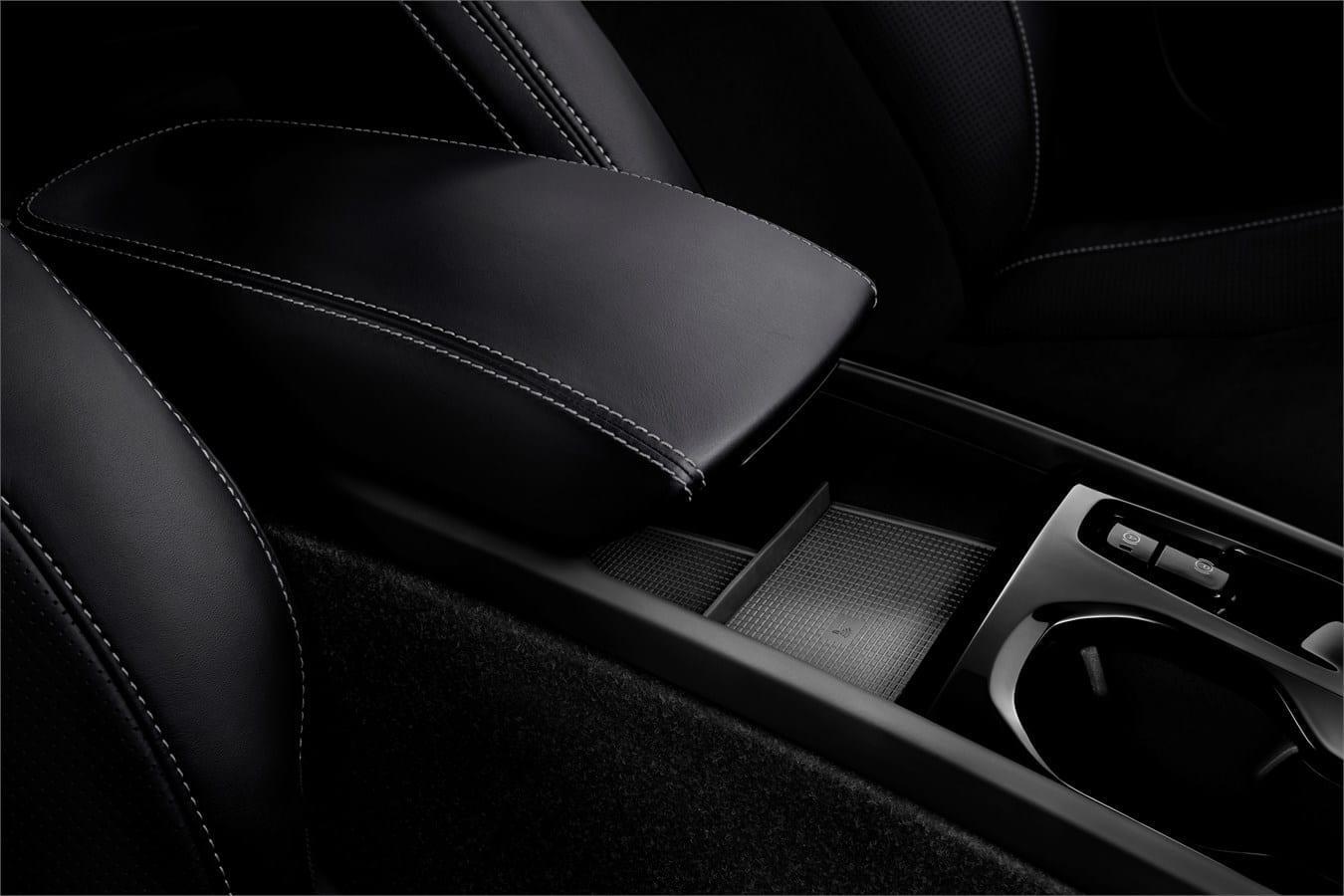 Volvo ХС40  фото интерьера 4