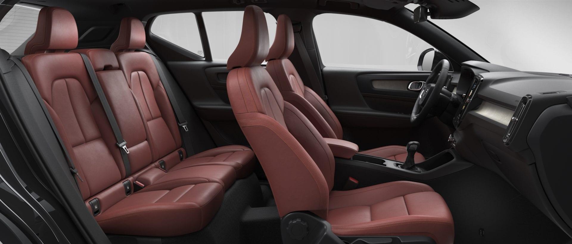 Volvo ХС40  фото интерьера 5