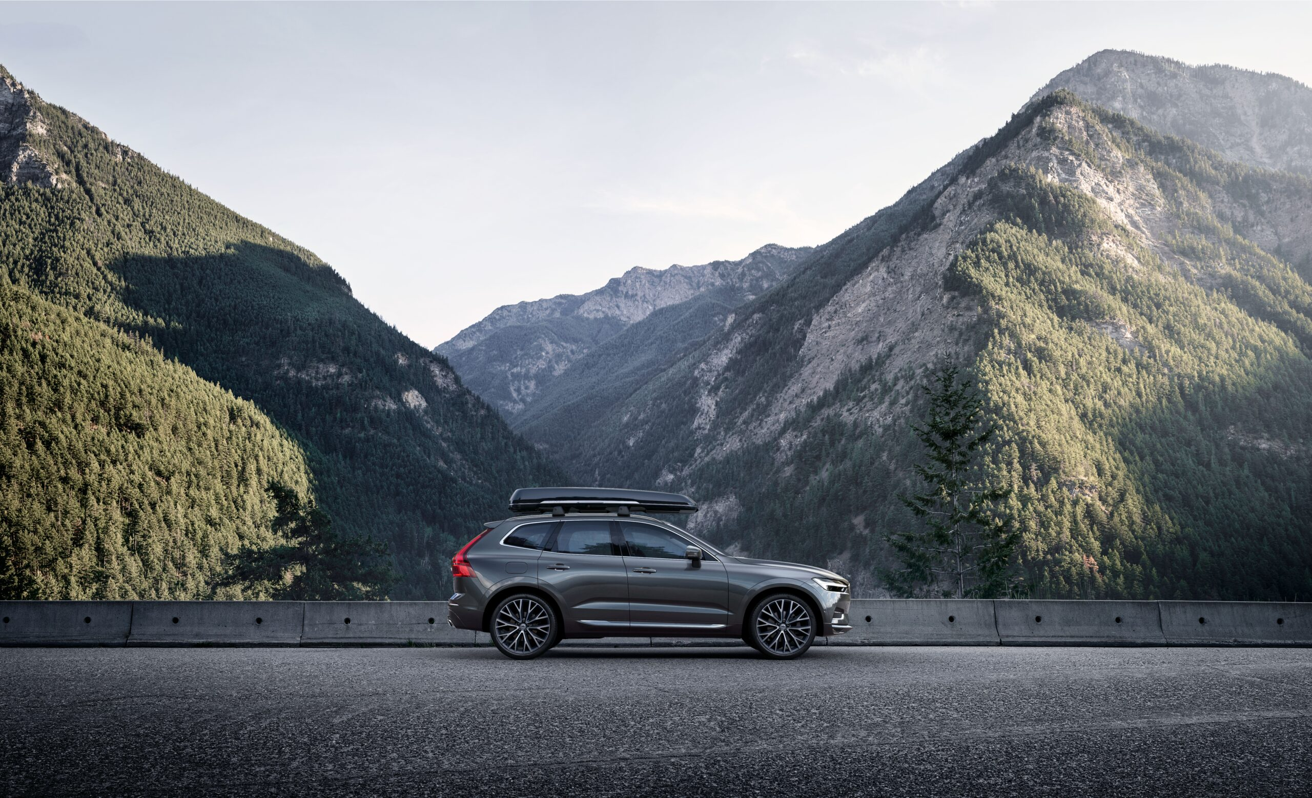 Volvo ХС60 фото экстерьера 5