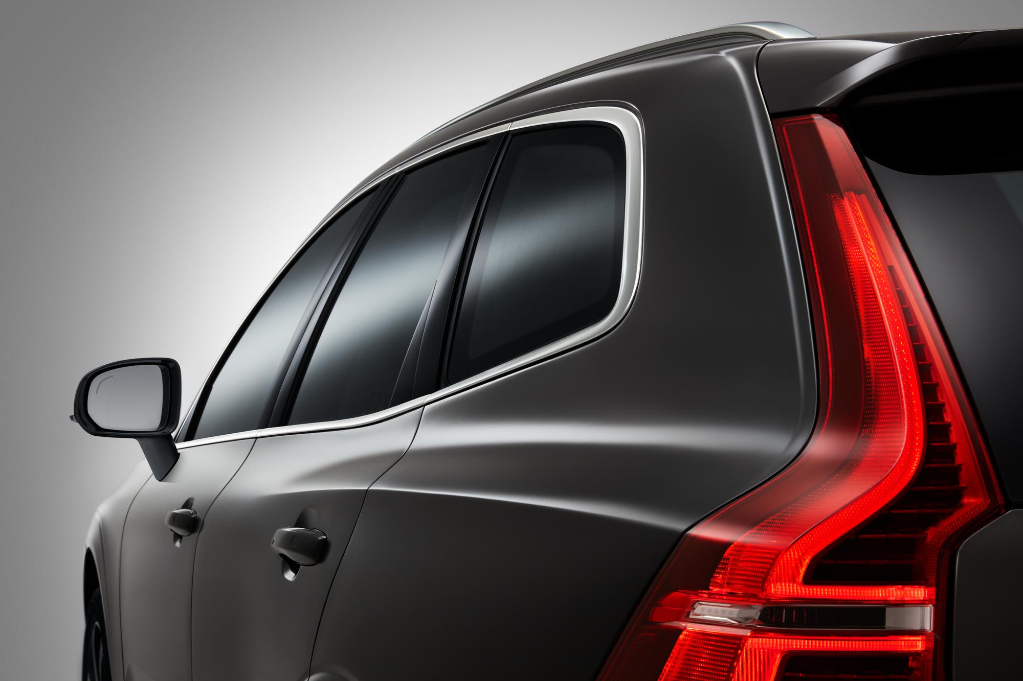 Volvo ХС60 фото экстерьера 3