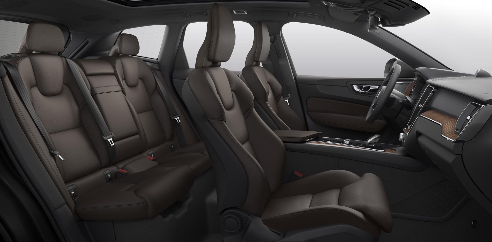 Volvo ХС60  фото интерьера 4