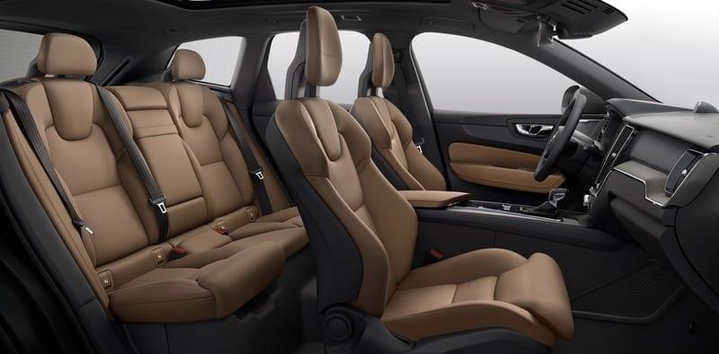 Volvo ХС60  фото интерьера 3