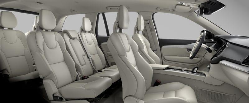 Volvo ХС90  фото интерьера 3