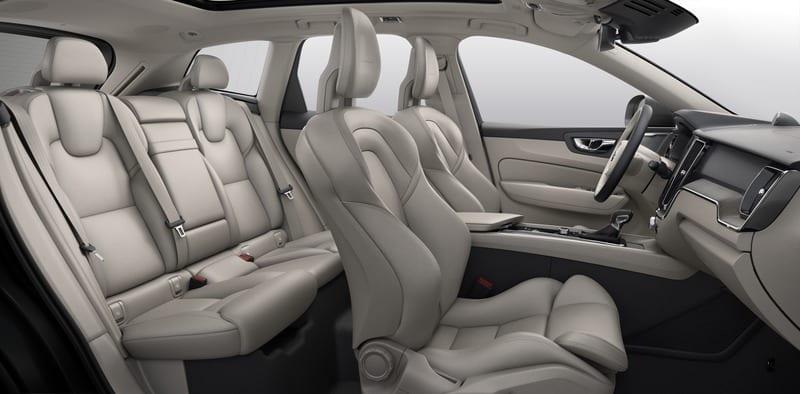 Volvo ХС60  фото интерьера 2