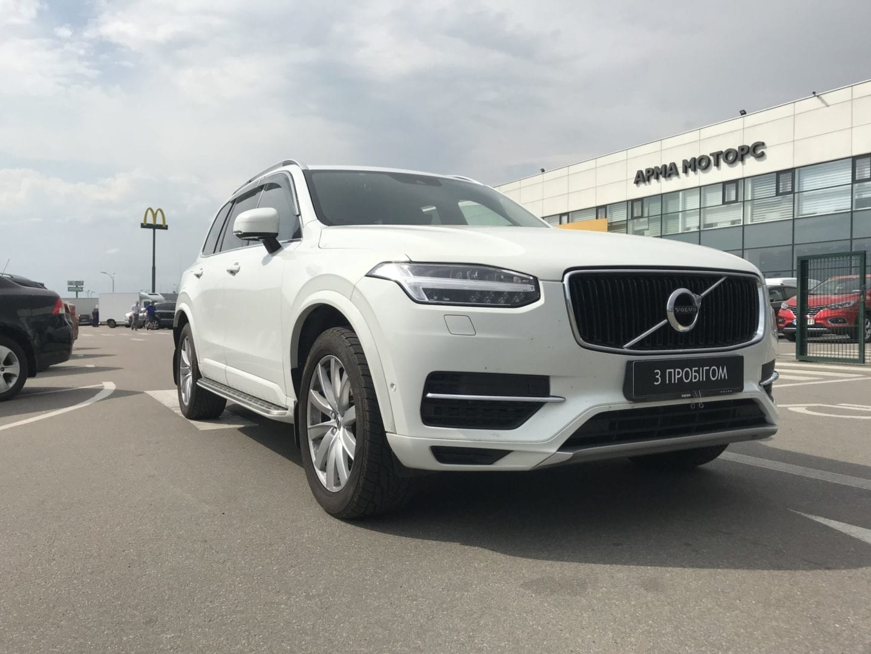 Volvo XC90 Momentum Белый фото 1