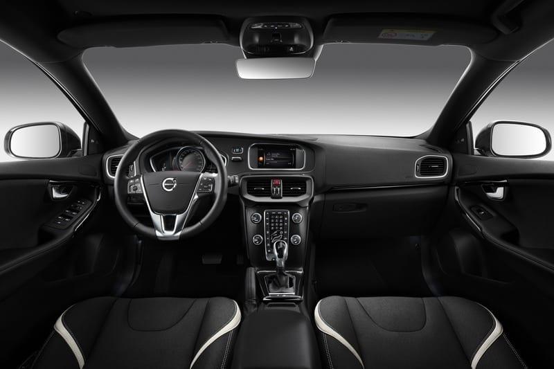 Volvo V40 Cross Country Т3 фото 4