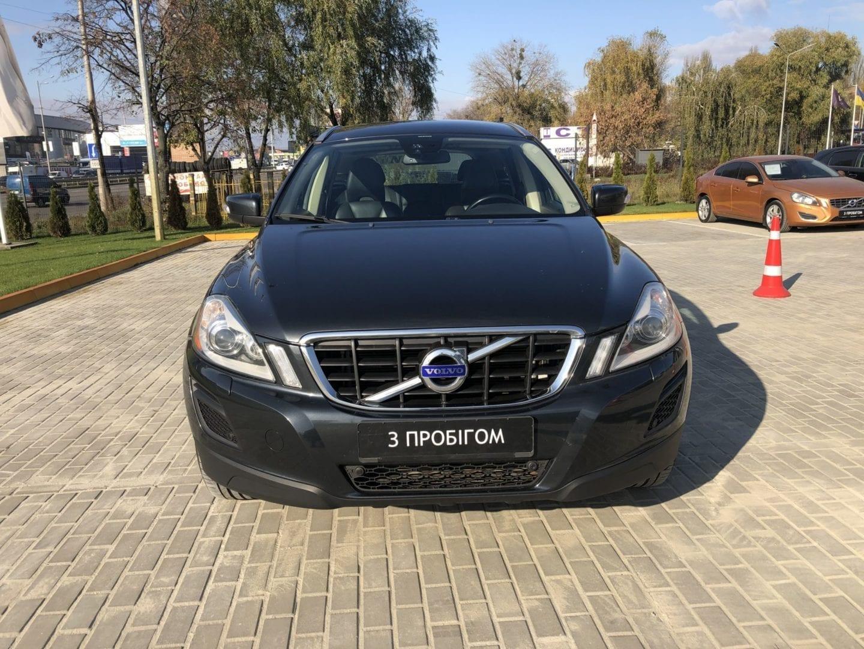 Volvo XC60 фото 2