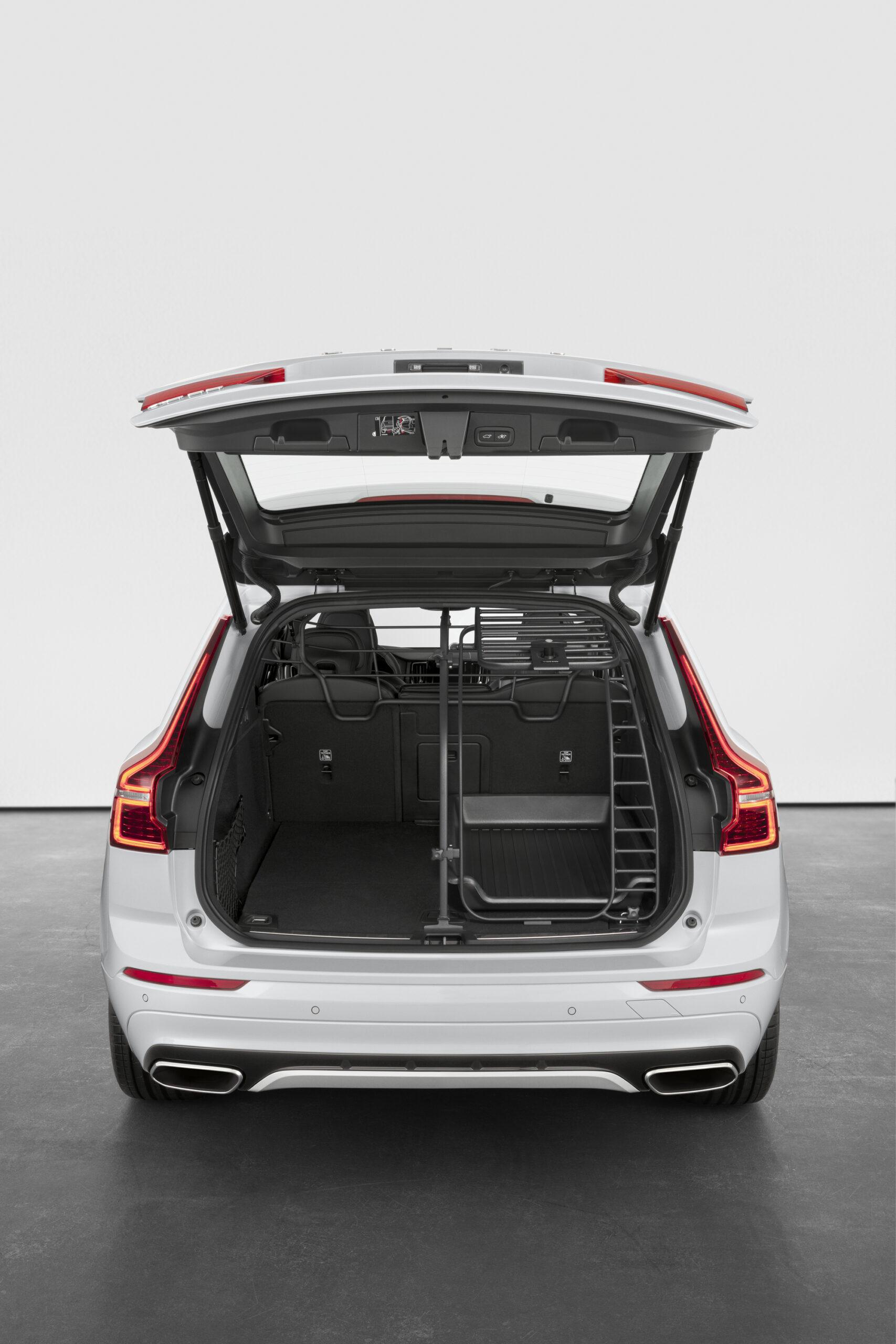 Volvo ХС60 ua  фото интерьера 9
