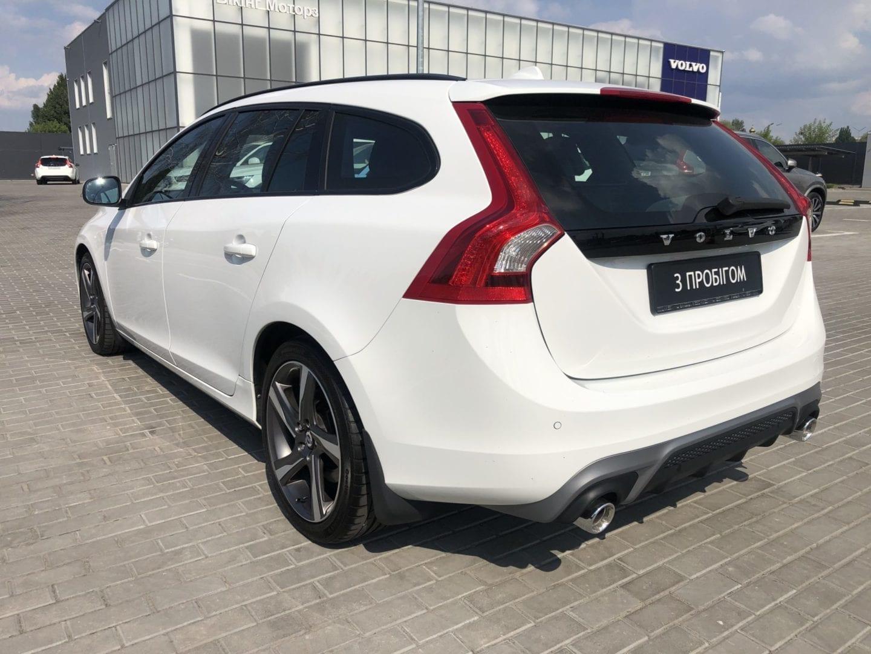 Volvo V60 R-design фото 4