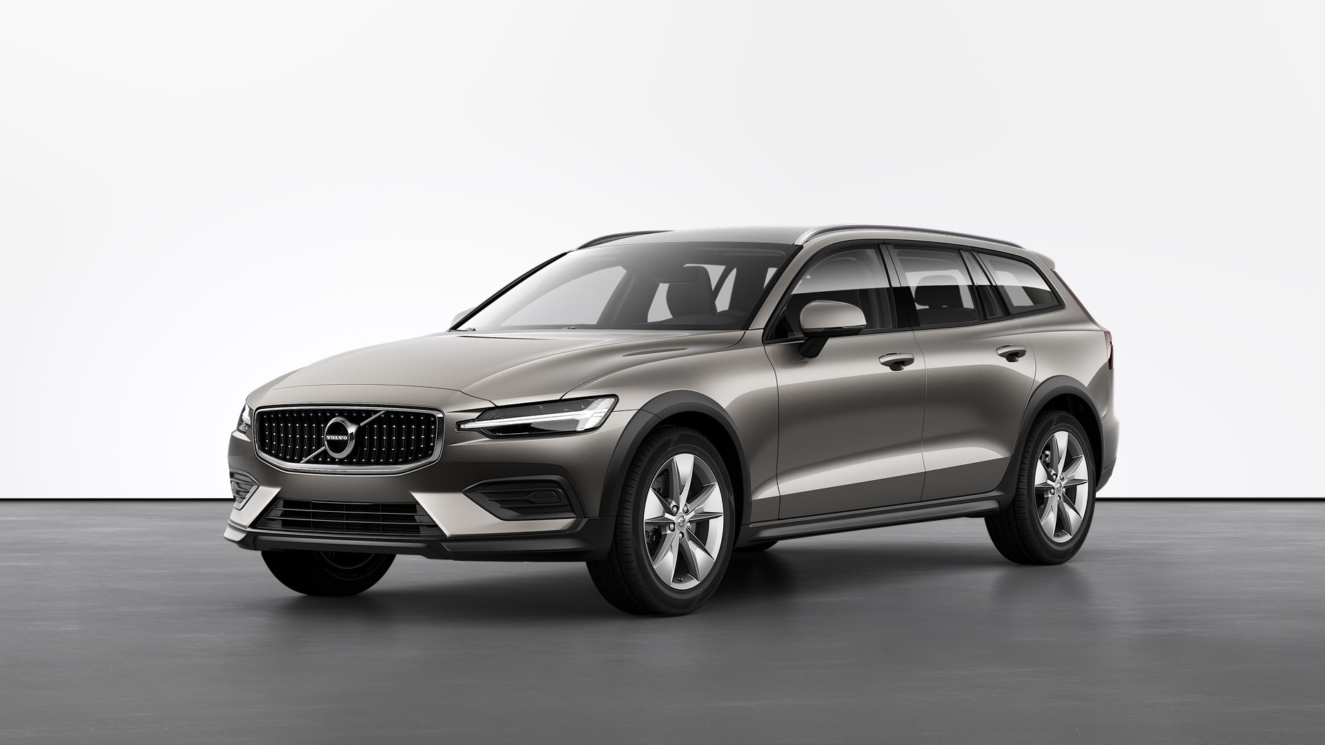 VOLVO V60 Cross Country Momentum Pro. фото 3