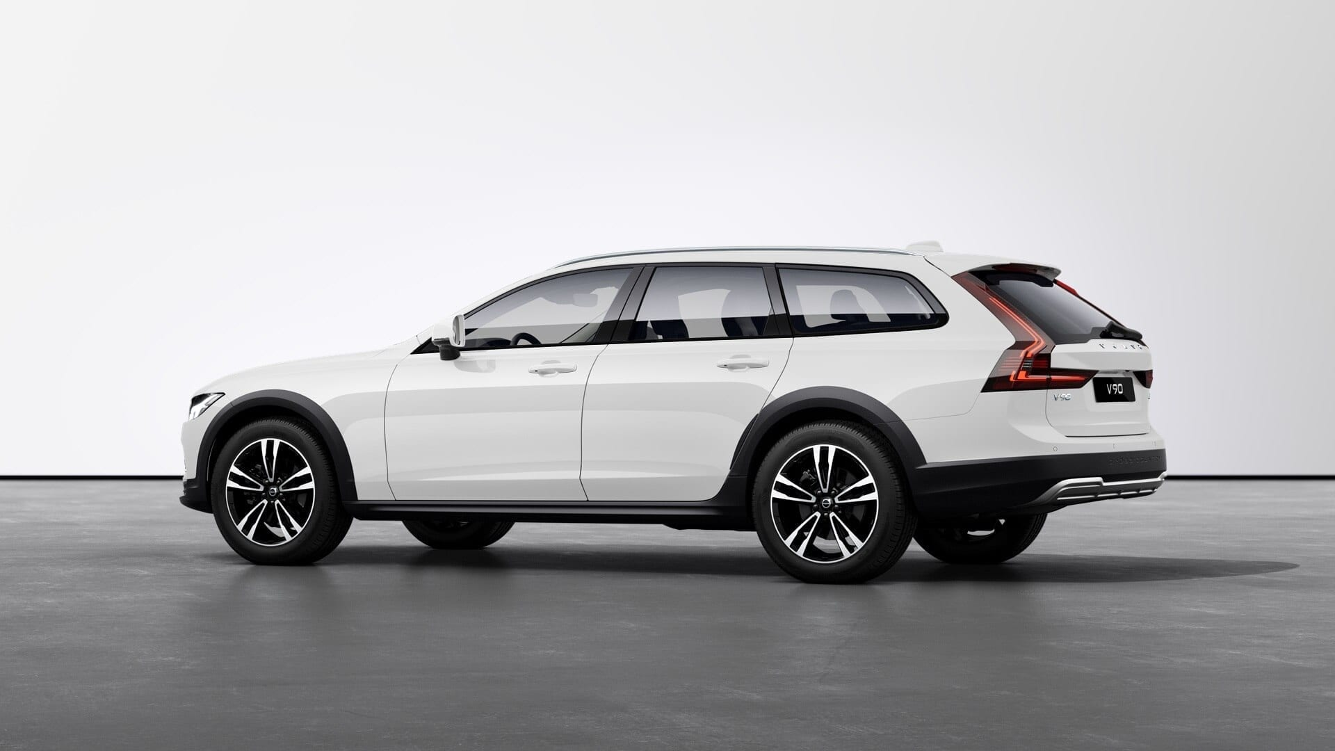 VOLVO V90 Cross Country Pro TOP фото 2