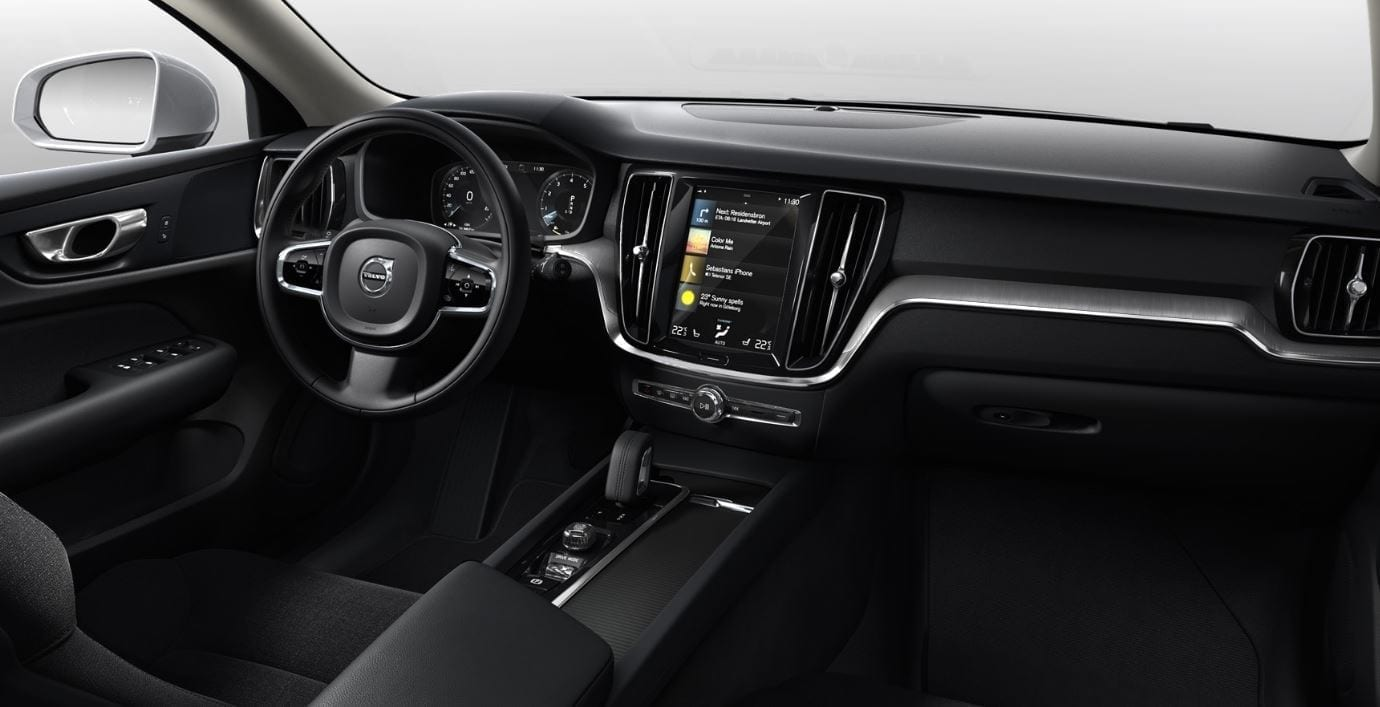 VOLVO V60 Cross Country Momentum Pro. фото 4