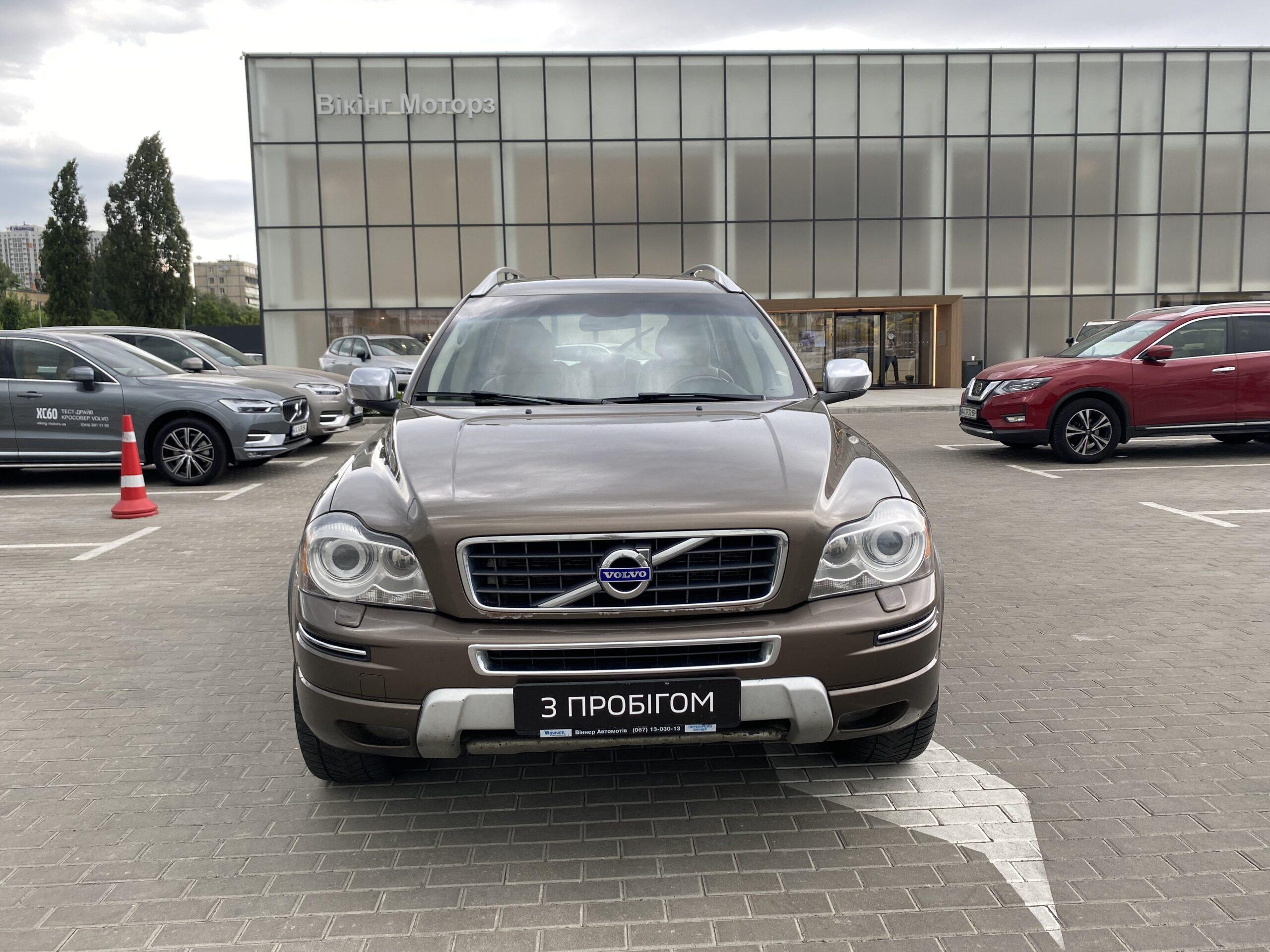 Volvo XC90 фото 1