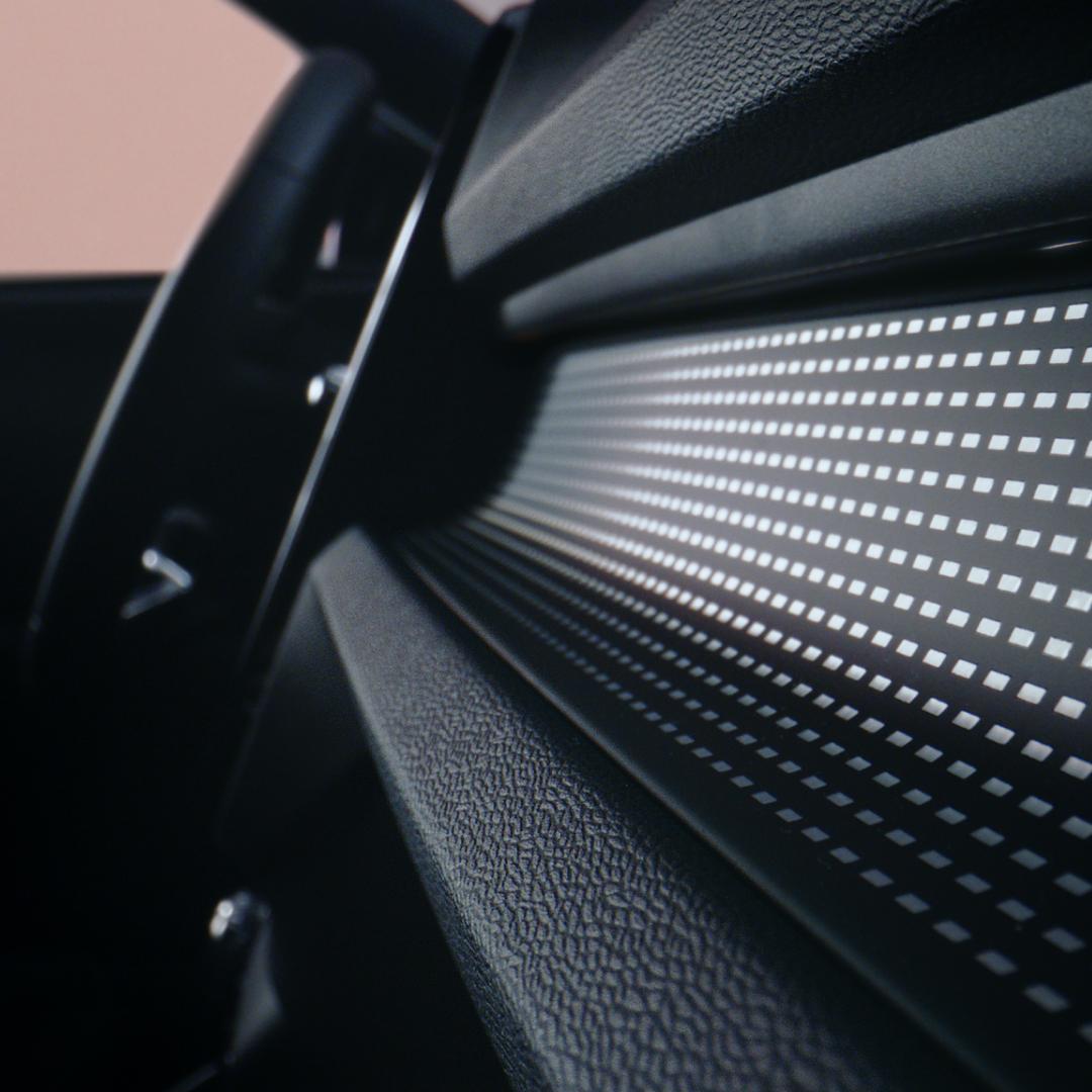 Volvo ХС40 Recharge ua  фото интерьера 4