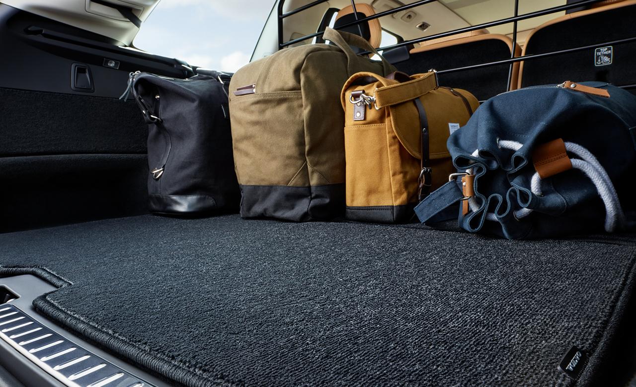 Volvo XC90. Килимок у багажне відділення, двосторонній, текстиль/пластмаса фото