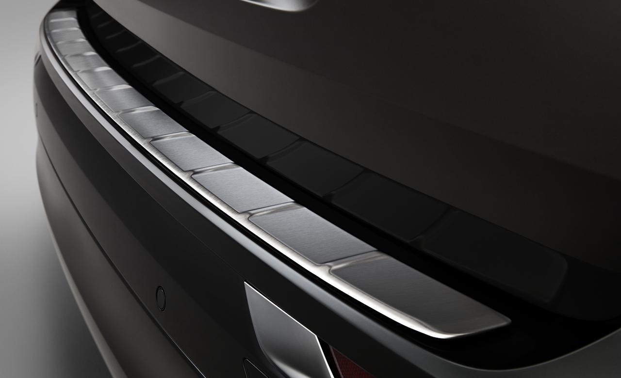 Volvo XC60. Накладка на бампер фото 1
